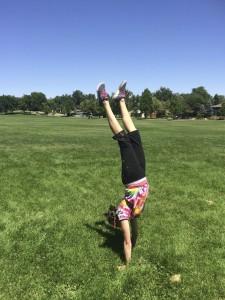 blake-grass-handstand